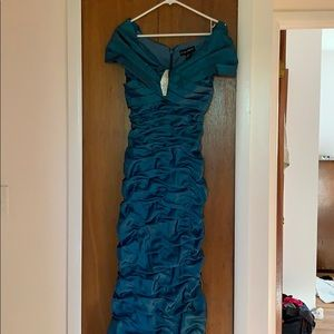 Teal Off Shoulder Gown Size 2 Fully Lined